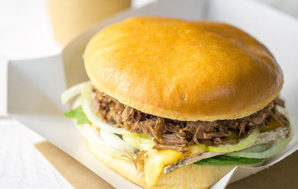 burger de canard confit à la tomme de savoie