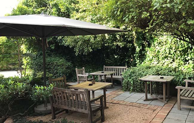 jardin cour des loges