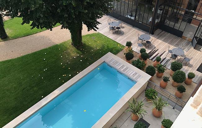 piscine hôtel fourrière