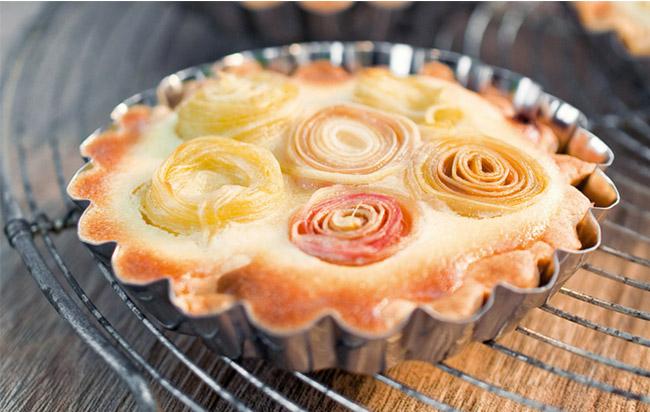Tartelettes à la rhubarbe : recette facile et gourmande pour un instant thé ou café